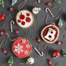 diy wood slice ornaments 3 ways a c