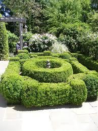 27 cutting ideas for garden design in spring boxwood decor ideas