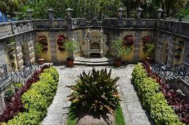 Botanic Garden Mansion Vizcaya Mansion Museum Grounds Botanical Gardens Courtyard Miami