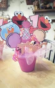 Elmo Centerpieces Ideas by Elmo Centerpiece I Made For A Little Girls Birthday Party