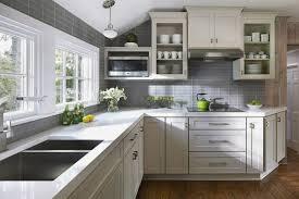 cuisine couleur grise credence cuisine grise inspirational tendance cuisine 50 exemples