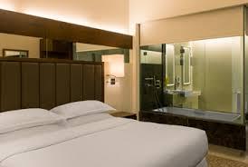 chambre d hotel dubai photos de l hôtel sheraton mall of the emirates hotel dubai