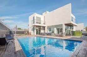 chambre d hote salou locations en villa de vacances à salou 31042