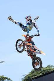 freestyle motocross uk x games gold medalists and world champs line up for gas at