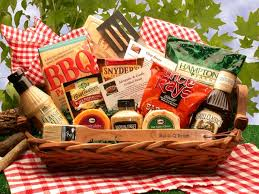 gift baskets for couples top 10 gift baskets ideas scottish