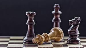 unusal chess set wallpaper