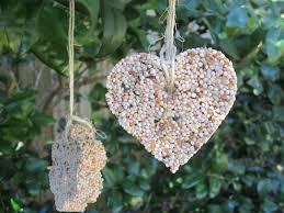 birdseed ornaments theroommom
