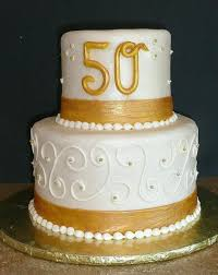 50th wedding cake decorations anniversary cake w gold centered