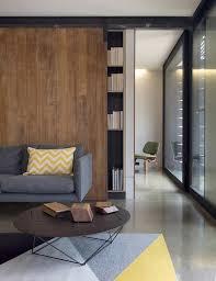 canapé grange design interieur porte grange coulissante paravent bibliothèque