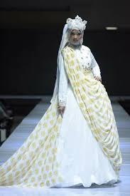 brautkleider aus der tã rkei 25 besten imfw designers brands bilder auf hijabs