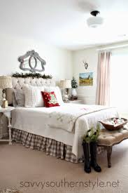 Guest Room Decor by 252 Best Christmas Bedrooms Images On Pinterest Christmas