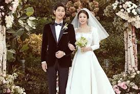 wedding dress song reveals of song hye kyo s wedding dress