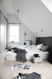 Grey Flooring Bedroom 35 Timeless Black And White Bedrooms That Know How To Stand Out