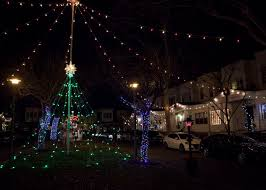 christmas lights to christmas lights in philly 5 blocks to catch griswold esque displays