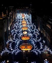 a classic christmas in london a traveler s guide wsj 52 best christmas tree decorations images on christmas