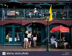 huey s restaurant a landmark and a tourists favorite on river