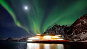 Best Time To See The Northern Lights Ask The Team Cruises To See The Northern Lights Travel The