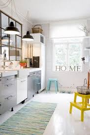 it feels homey i love the step stools in the kitchen makes it feel more casual