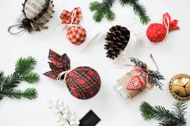 Pottery Barn Christmas Decorations 2015 by Diy Pottery Barn Inspired Plaid Christmas Ornaments Shelterness