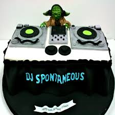 birthday cakes nj dj yoda turntable custom cakes sweet grace