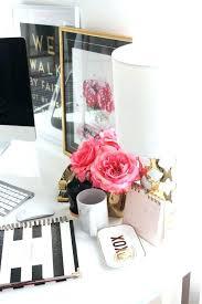 Best Flowers For Office Desk Flowers For Office Desk Plants Cool Plant White Obakasan Site