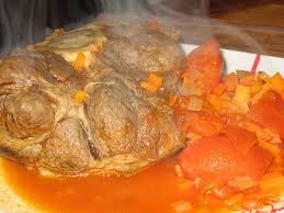 cuisiner jarret de boeuf jarret de boeuf façon osso bucco recette ptitchef