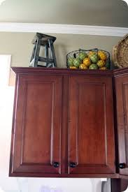Top Kitchen Cabinet Decorating Ideas Best 25 Cabinet Trim Ideas On Pinterest Cabinet Molding Diy