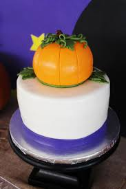 Halloween Pumpkin Cake Ideas 16 Best Great Pumpkin Charlie Brown Party Ideas Peanuts Party