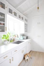 a 1950 u0027s kitchen gets a bright white makeover on a budget