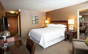 Bedroom Furniture Pittsburgh by Pittsburgh Accommodations Presidential Suite Sheraton