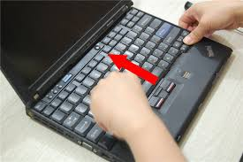 how to clean laptop fan lenovo thinkpad x200 disassembly clean fan remove keyboard