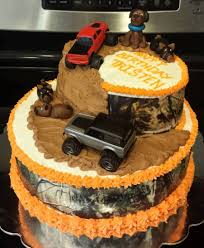 camo mudding and hunting are birthday boy u0027s faves cakecentral com