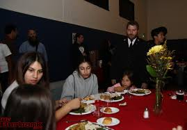 salvation army thanksgiving dinner 2 myburbank