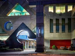hotel in toronto novotel toronto north york