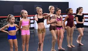 dance moms season 3 episode 2 new reality dance moms recap four dudes in o hi o channel guide magazine