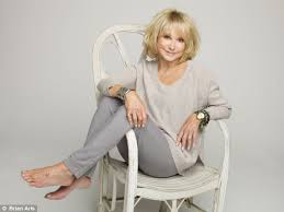 hairstyle for 60 something how does botox free felicity kendal look this good at 67 hair