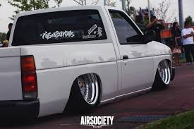 nissan frontier bagged nissan hardbody bagged air
