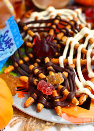 two cute and creepy halloween treats surf sweets giveaway iowa