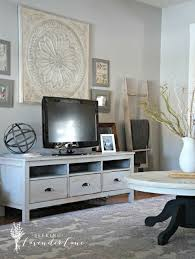 Tv Room Decor Ideas Best 25 Tv Decor Ideas On Pinterest Tv Stand Decor Tv Wall
