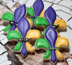 mardi gras cookies how to decorate a fleur de lis for mardi gras