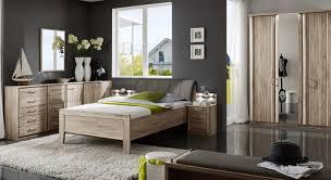 Schlafzimmer Komplett Mit Eckkleiderschrank Moderne Eckkommode In Eiche Dekor Runcorn Betten De
