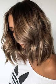 short brown hair with light blonde highlights brunette blonde highlights easy curls short hair ideas curls for