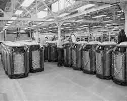 seeburg trashcan jukebox factory 1940s 8x10 reprint of old photo