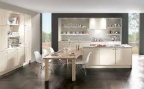küche mit insel kochinsel und inselküche planen kiveda