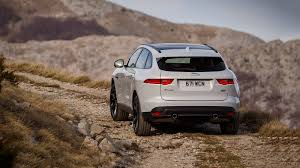 New Jaguar F Pace 25t 2 0 Litre Turbo Petrol Review Pics 2018 Jaguar F Pace Review U0026 Ratings Edmunds