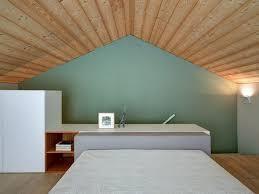 chambre en lambris bois chambre plafond en lambris bois sv house par borromini