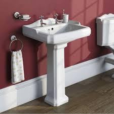P Shaped Shower Bath Suites Winchester Suite With Rh Shower Bath 1700x850 Victoriaplum Com