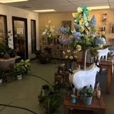 floral shops flower shops 11 photos 20 reviews florists 6041 n