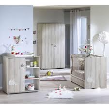 chambre b b avec lit volutif chambre bébé liberty famille et bébé