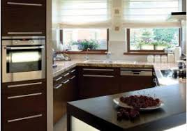 Small But Striking U Shaped Design For Small Kitchen Comfortable Simple Kitchen Design For